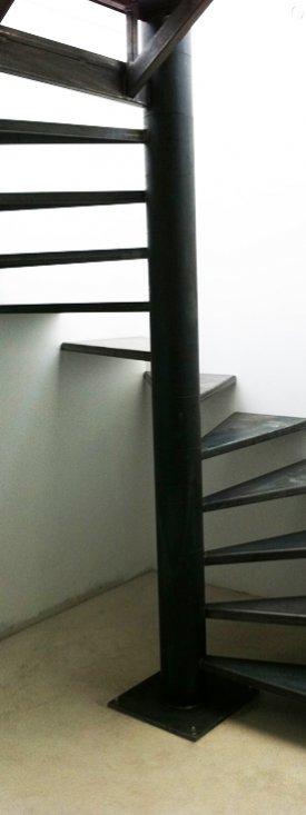 Rampes et escaliers - Escalier colimacon acier ...