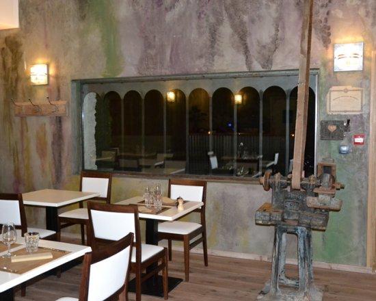Spa ventoux provence for Restaurant miroir